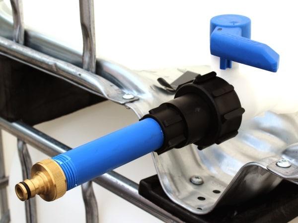 IBC Anschluss - Anschluss S60x6 IG mit Rohr auf Gardena-Anschluss